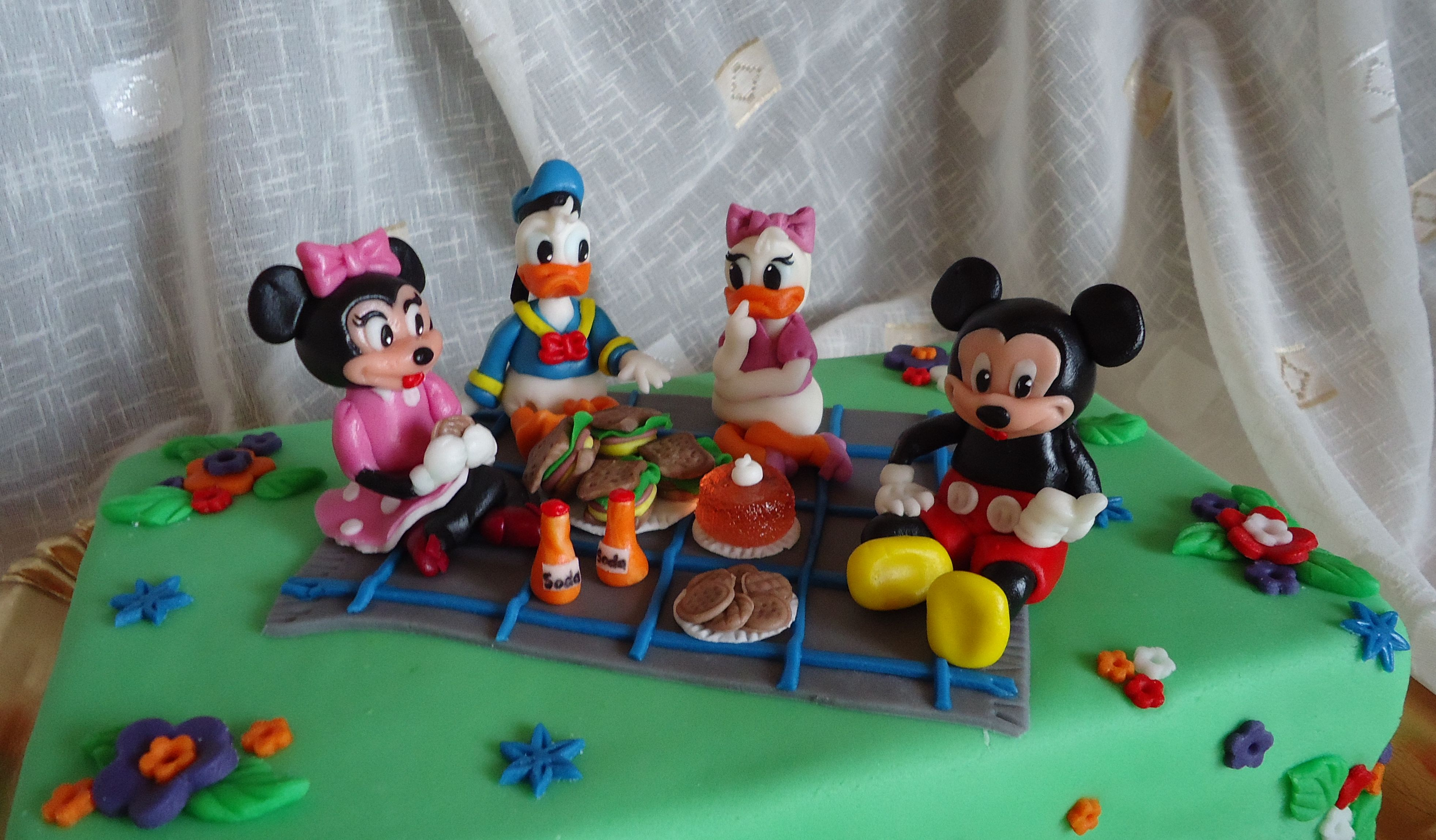 Figurine tort mickey mouse - Telecharger film mickey mouse gratuit ...